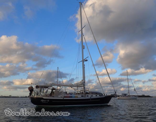 canoe stern sailboat, Pacific Seacraft 40