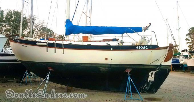 sailboat, dry storage, canoe-stern